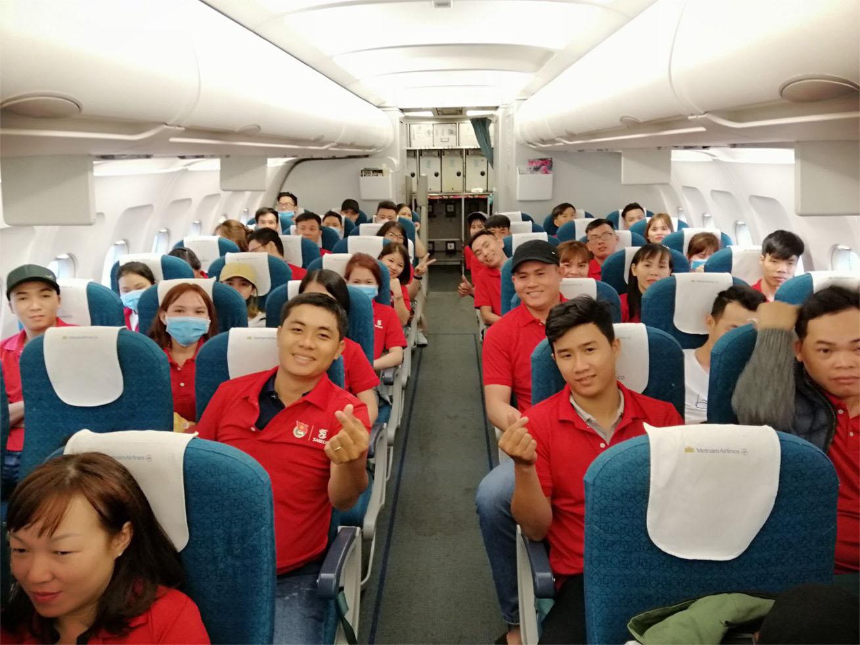 """Hành trình """"Về nhà ăn tết"""" 2020 đưa 2000 người lao động về đón Xuân Canh Tý - 3"""