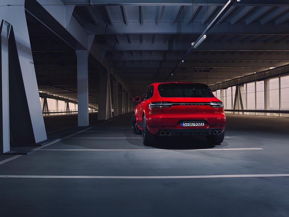 Mẫu GTS mới của gia đình Porsche: Mẫu xe Macan thể thao nhất - 3