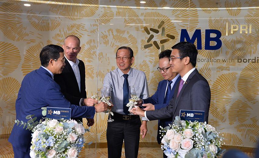 MB ra mắt dịch vụ Private Banking chuẩn Thụy Sỹ tại Việt Nam - 6