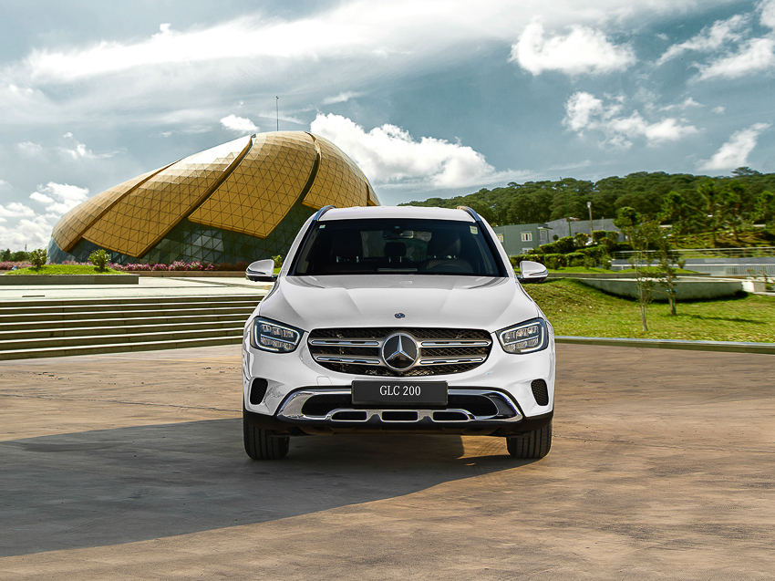 Mercedes-Benz GLC 200 giá từ 1,749 tỷ đồng tại Việt Nam - 13