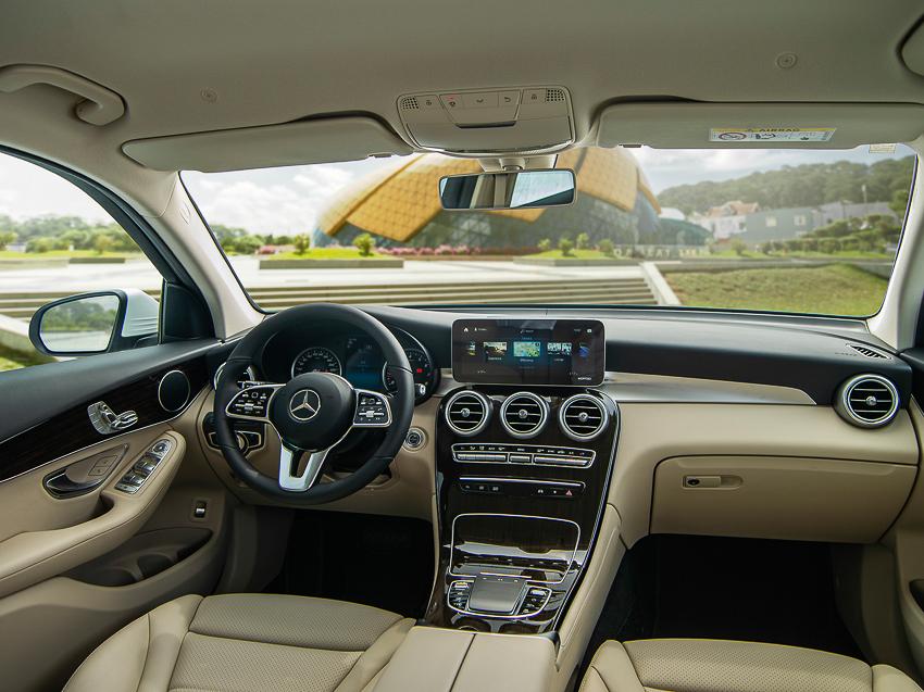 Mercedes-Benz GLC 200 giá từ 1,749 tỷ đồng tại Việt Nam - 6