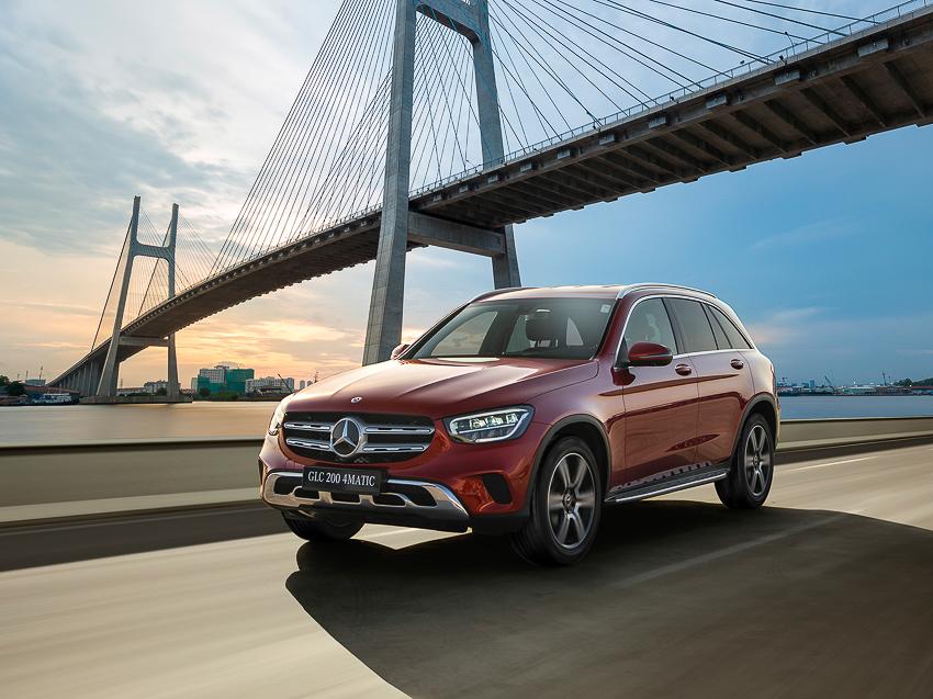 Mercedes-Benz GLC 200 giá từ 1,749 tỷ đồng tại Việt Nam - 3