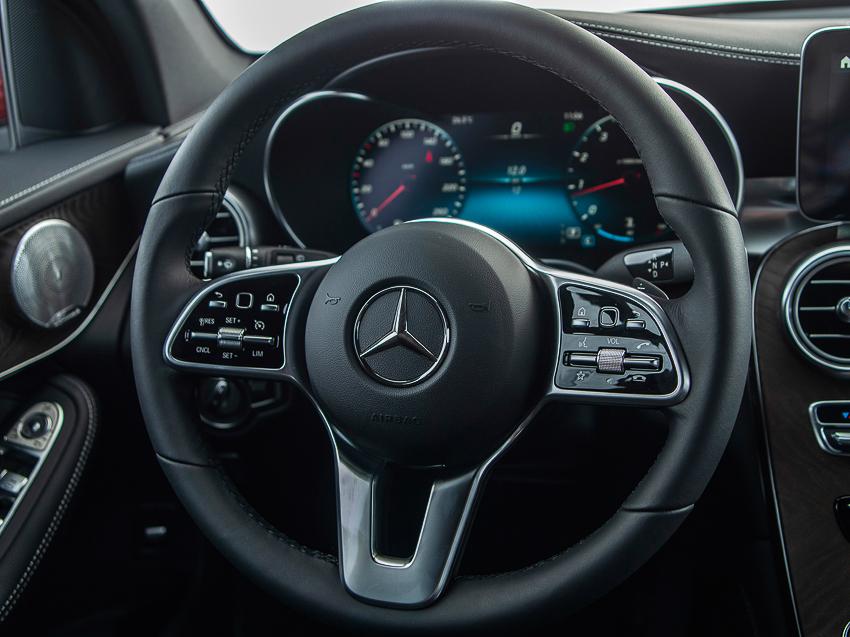Mercedes-Benz GLC 200 giá từ 1,749 tỷ đồng tại Việt Nam - 8