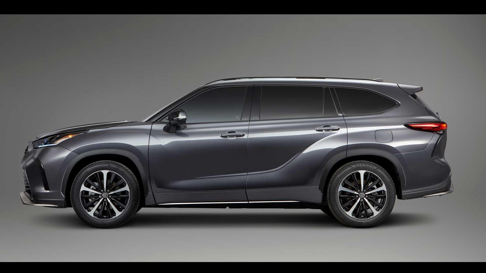 Toyota Highlander XSE 2021 hoàn toàn mới, đậm chất thể thao - 1