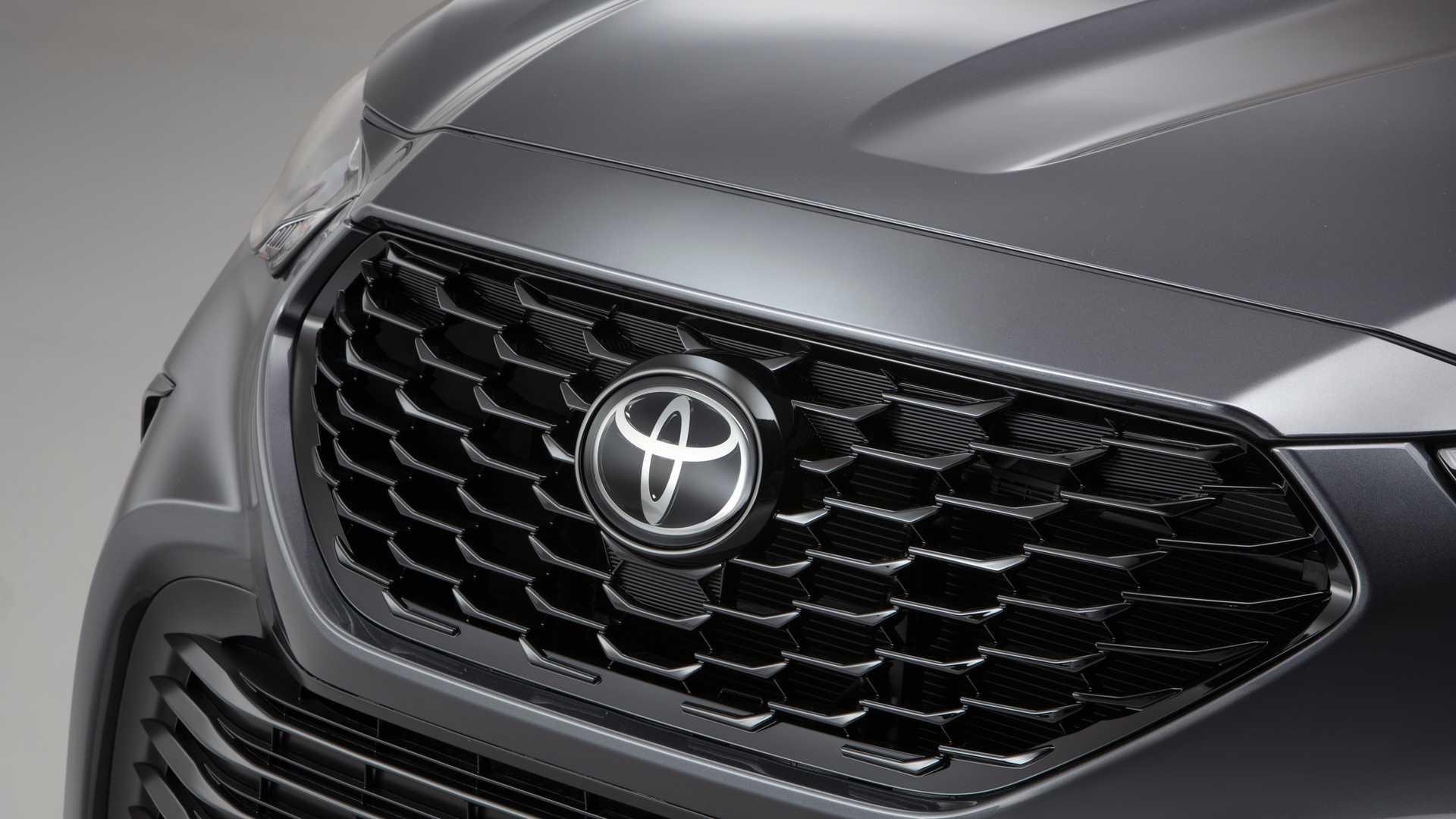 Toyota Highlander XSE 2021 hoàn toàn mới, đậm chất thể thao - 4