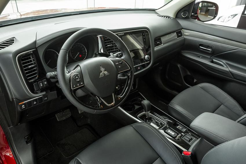 Mitsubishi Việt Nam ra mắt Outlander 2020, ưu đãi đến 50 triệu đồng - 38