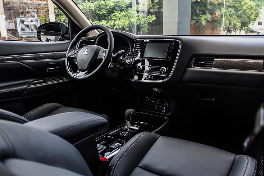 Mitsubishi Việt Nam ra mắt Outlander 2020, ưu đãi đến 50 triệu đồng - 49