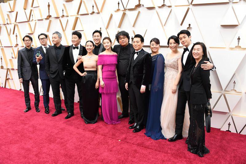 Lần đầu tiên trong lịch sử Oscar, Parasite, một phim châu Á giành giải phim hay nhất - 4