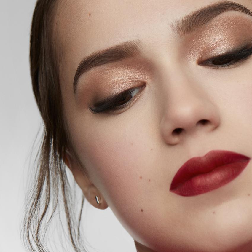 Shiseido cùng vận động viên trượt băng nghệ thuật Alina Zagitova ra mắt BST makeup mới - 07