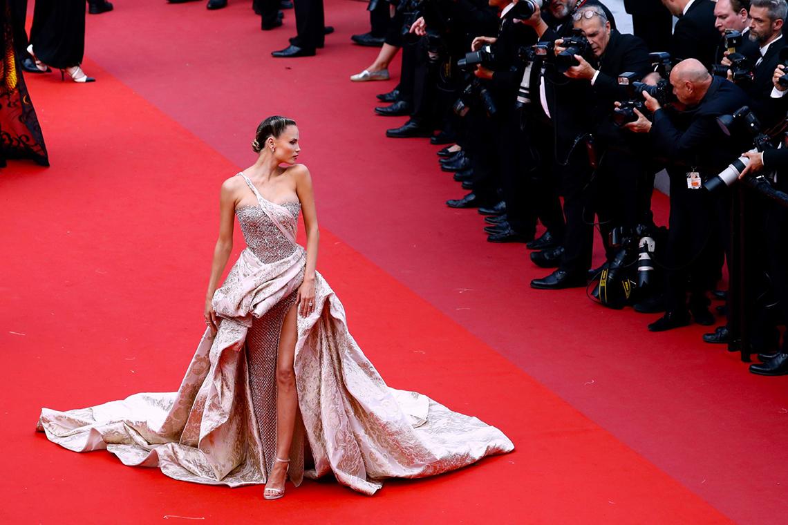 Cannes: Lau lách đổi đời -02