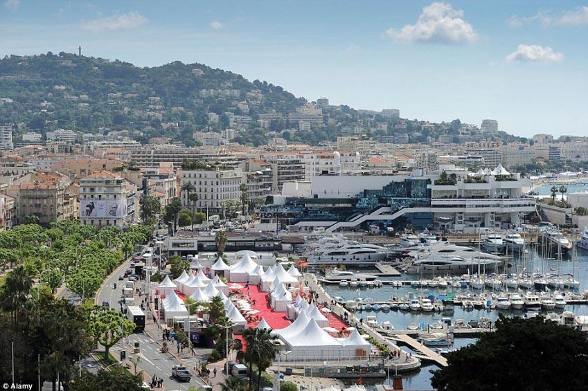 Cannes: Lau lách đổi đời -2