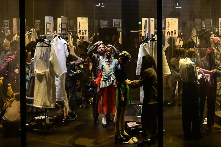 Show diễn BST Thu Đông 2020 gây ấn tượng của Gucci tại Milan Fashion Week - 4