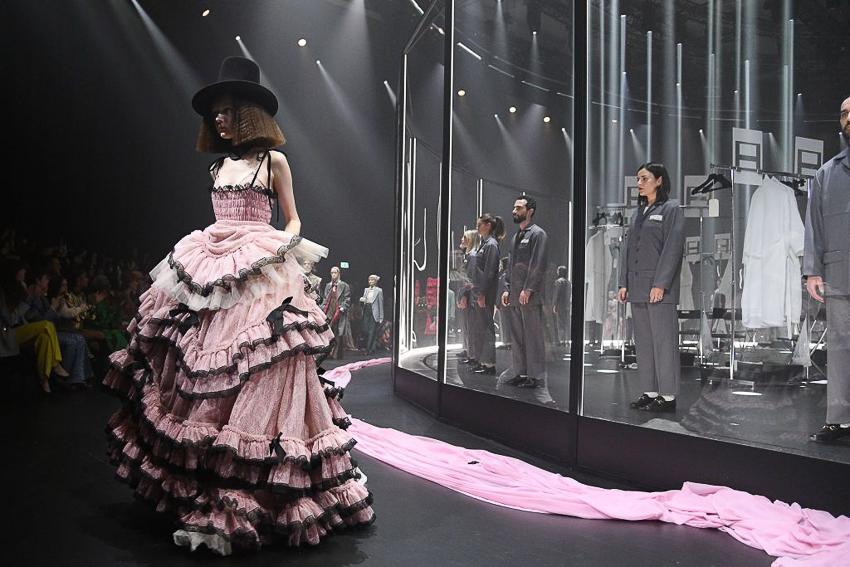 Show diễn BST Thu Đông 2020 gây ấn tượng của Gucci tại Milan Fashion Week - 7
