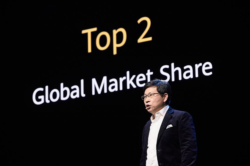 Huawei Mate Xs chính thức ra mắt tại Tây Ban Nha - 8