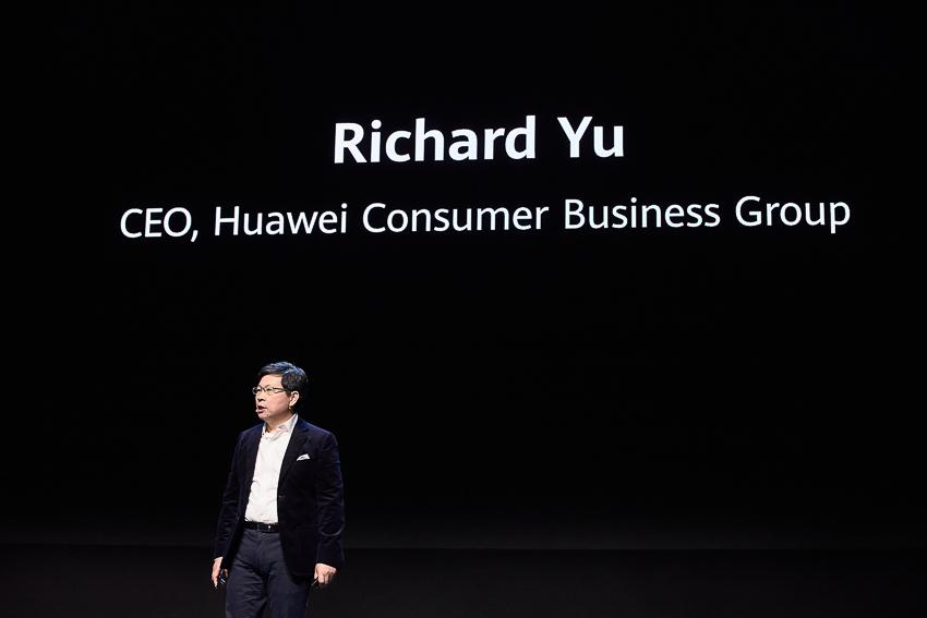 Huawei Mate Xs chính thức ra mắt tại Tây Ban Nha - 9
