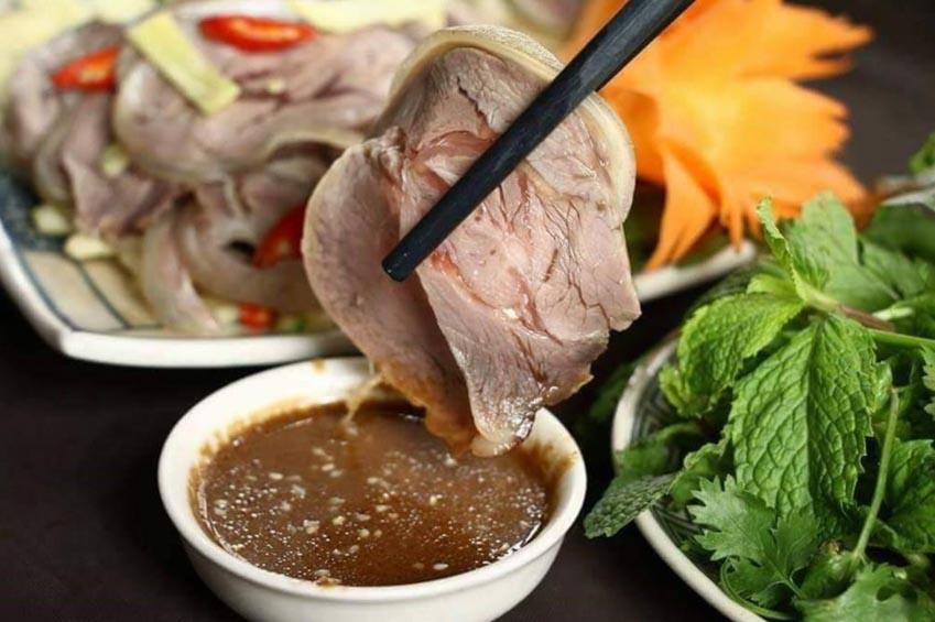 Mắt cá ngừ đại dương và 5 món ngon ở Phú Yên -4
