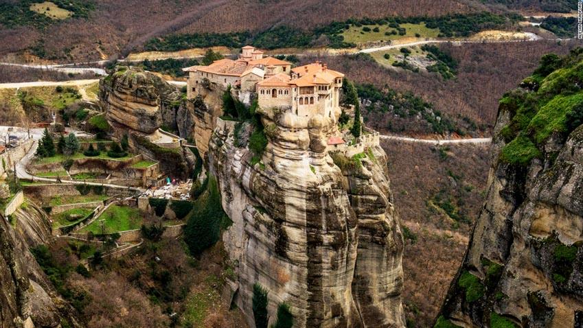 Những ngôi nhà, làng mạc lẻ loi tận cùng thế giới -10