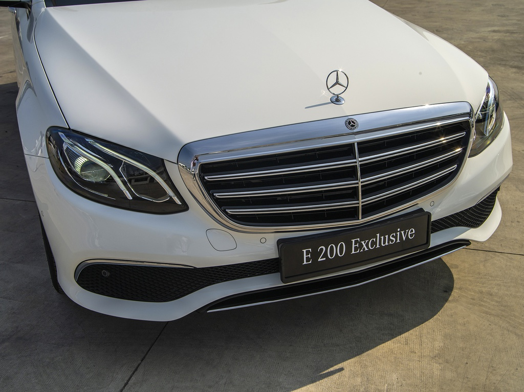 Mercedes-Benz E 200 Exclusive 2020 ra mắt tại Việt Nam - 7