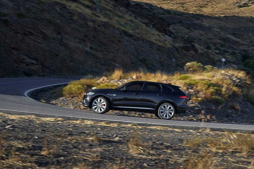 Jaguar hợp tác với Canon thực hiện bộ phim đầu tiên sử dụng máy ảnh - EOS C500 Mark II mới - 11