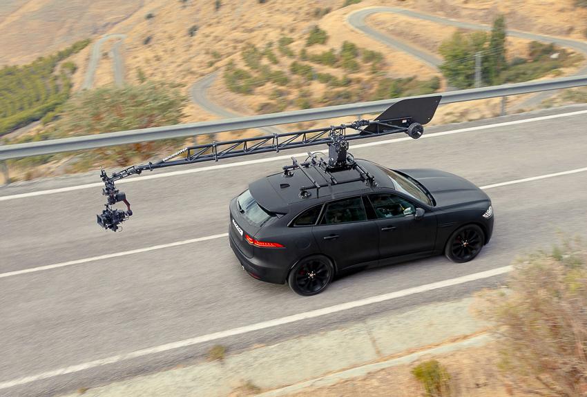 Jaguar hợp tác với Canon thực hiện bộ phim đầu tiên sử dụng máy ảnh - EOS C500 Mark II mới - 4