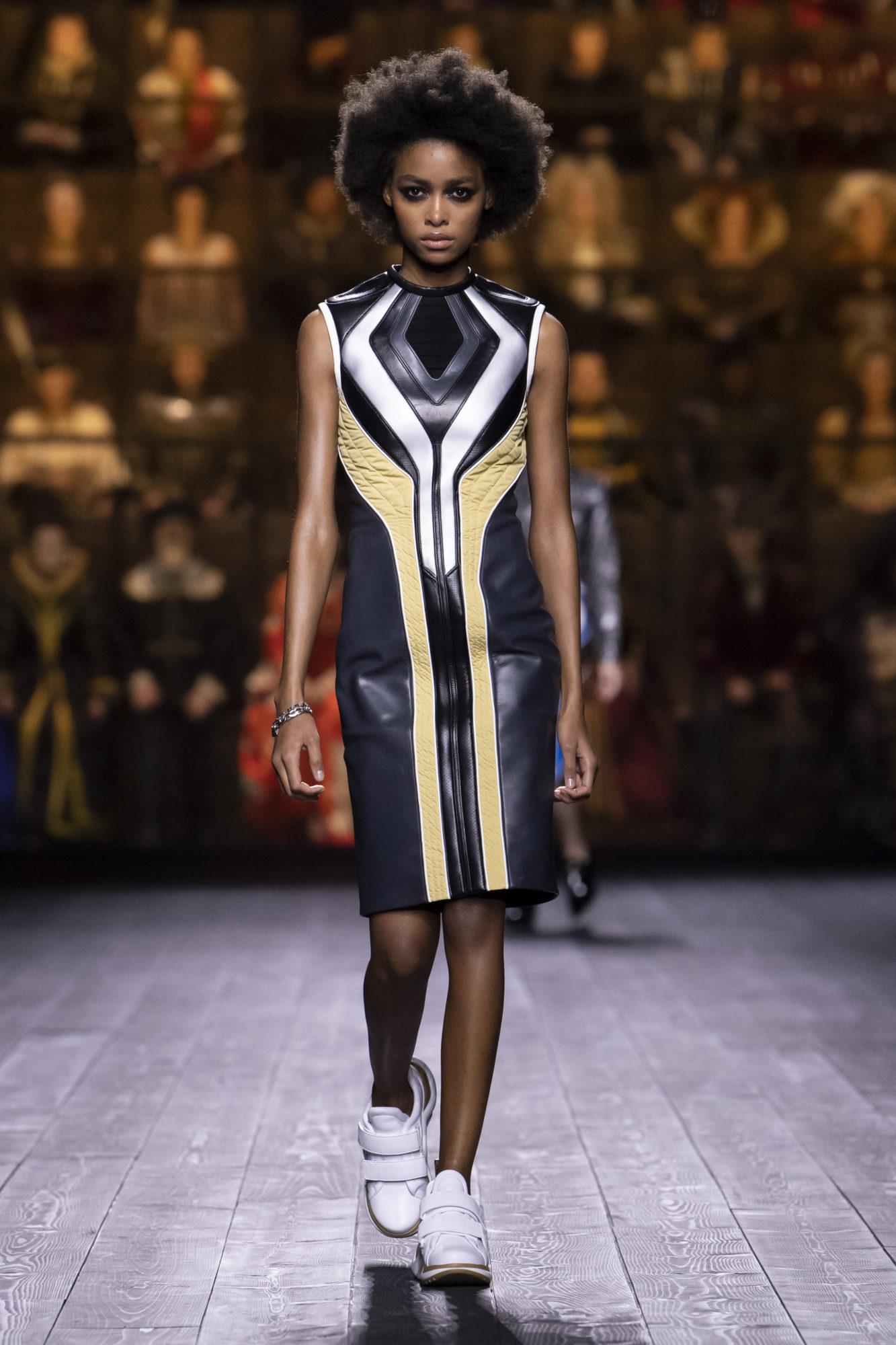 Louis Vuitton Thu-Đông 2020: Sự giao thoa giữa thời đại - 06