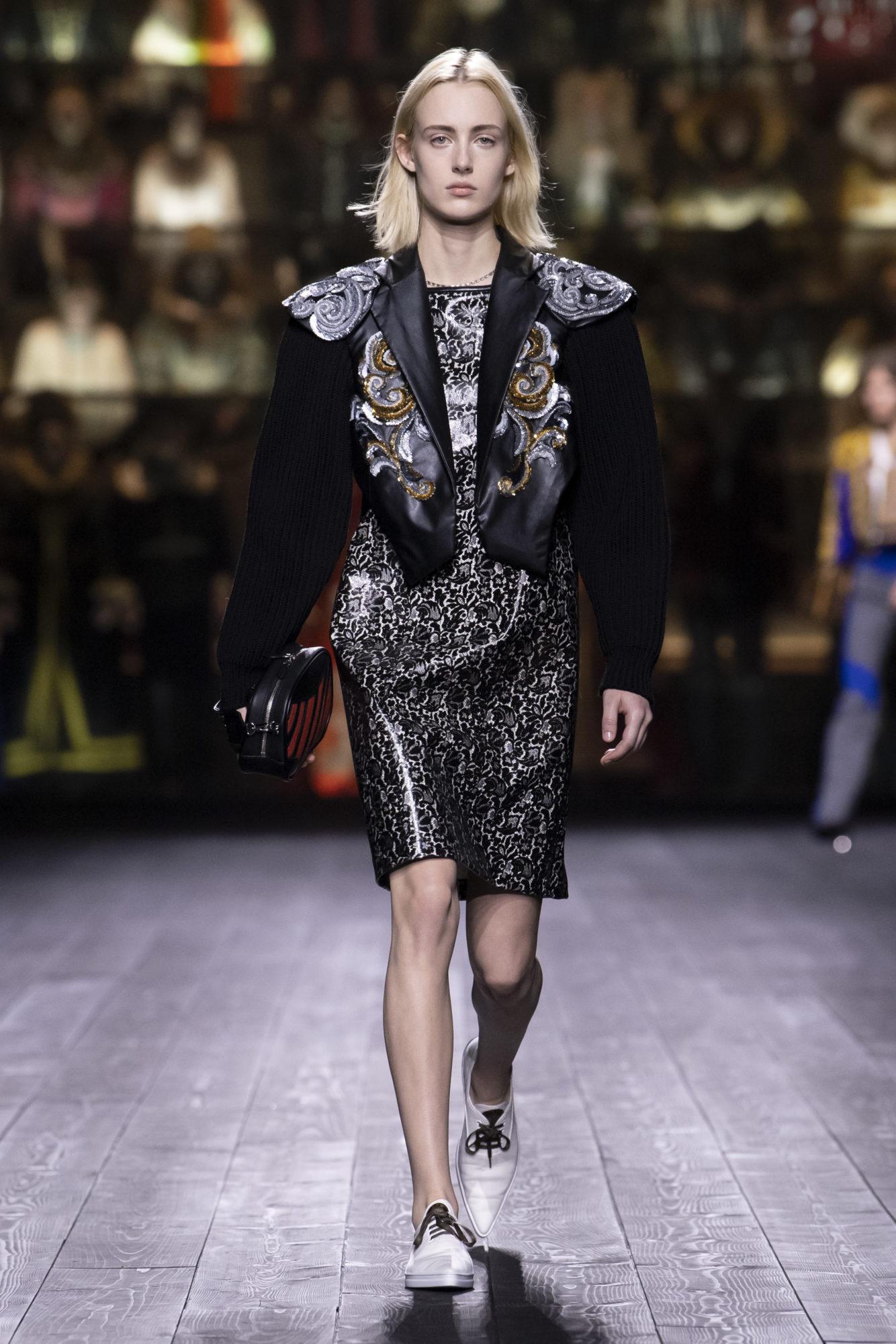 Louis Vuitton Thu-Đông 2020: Sự giao thoa giữa thời đại - 07