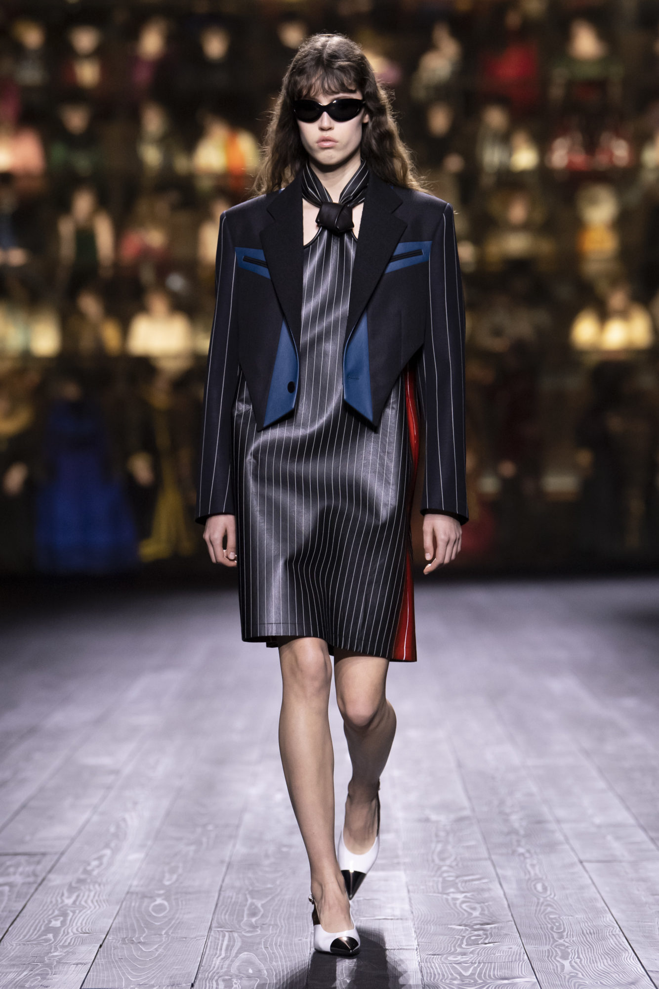 Louis Vuitton Thu-Đông 2020: Sự giao thoa giữa thời đại - 12