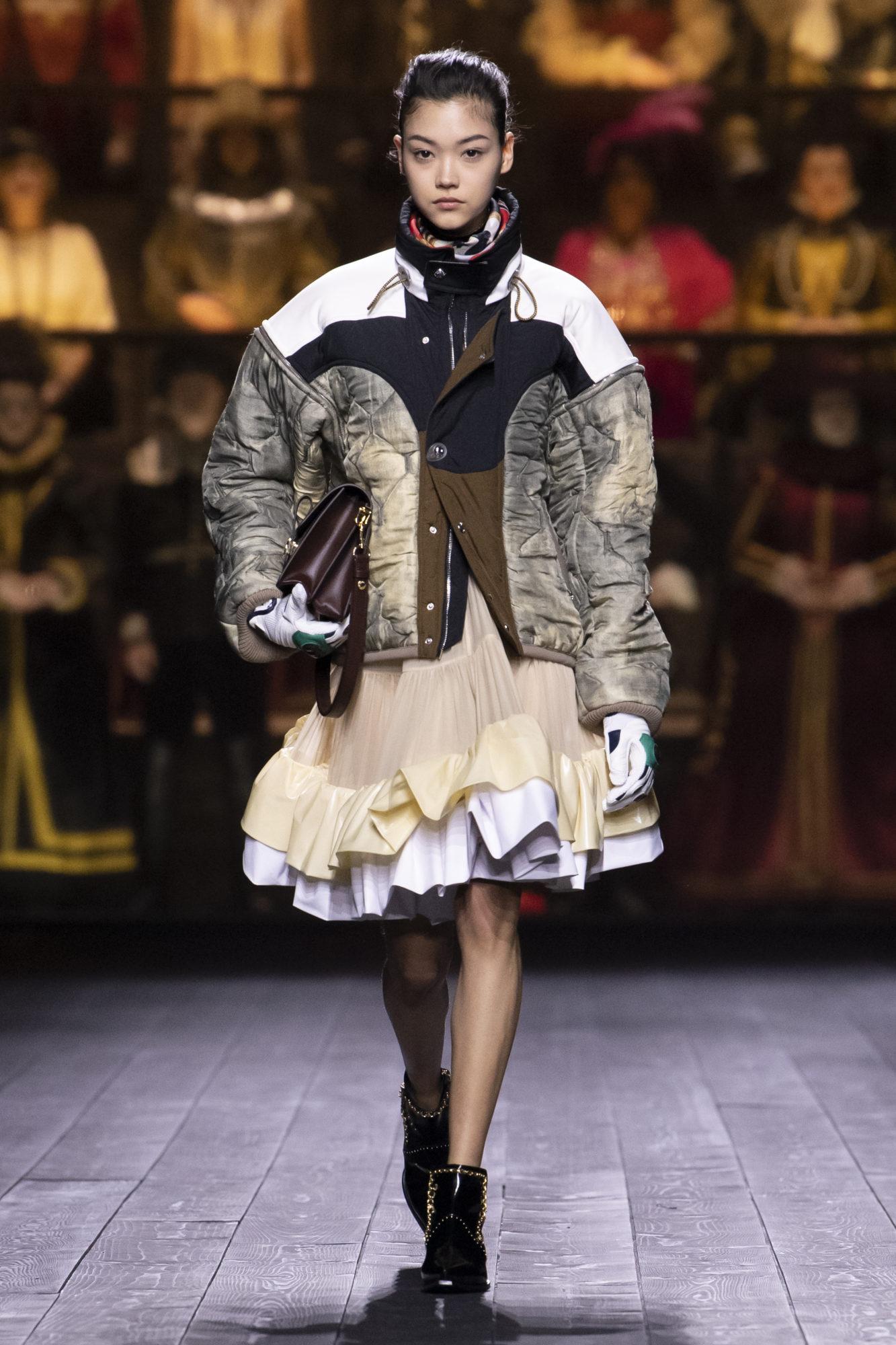 Louis Vuitton Thu-Đông 2020: Sự giao thoa giữa thời đại - 15