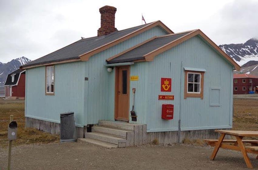10 bưu điện khác thường nhất trên trái đất -5