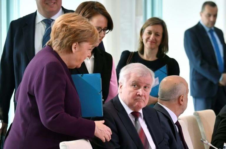Thủ tướng Đức: Giảm tối đa đời sống công cộng là điều duy nhất và sống còn trước dịch bệnh - 4
