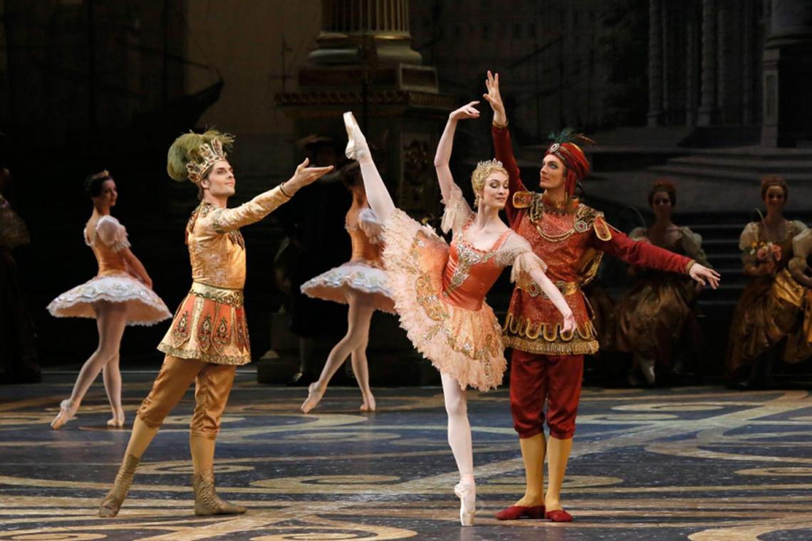 Nhà hát Bolshoi chiếu ballet kinh điển online cho khán giả thời COVID-19 - 3