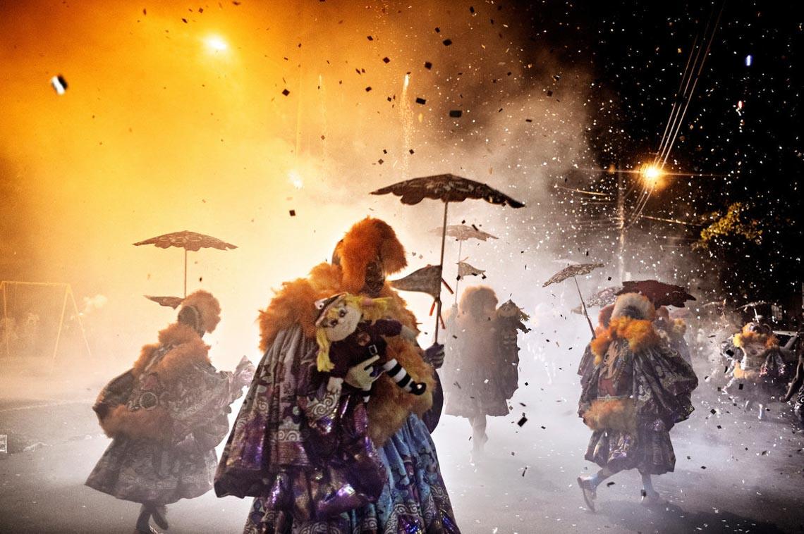 Bate-bola: Lễ hội hóa trang chú hề tràn đầy năng lượng nhất trái đất -6