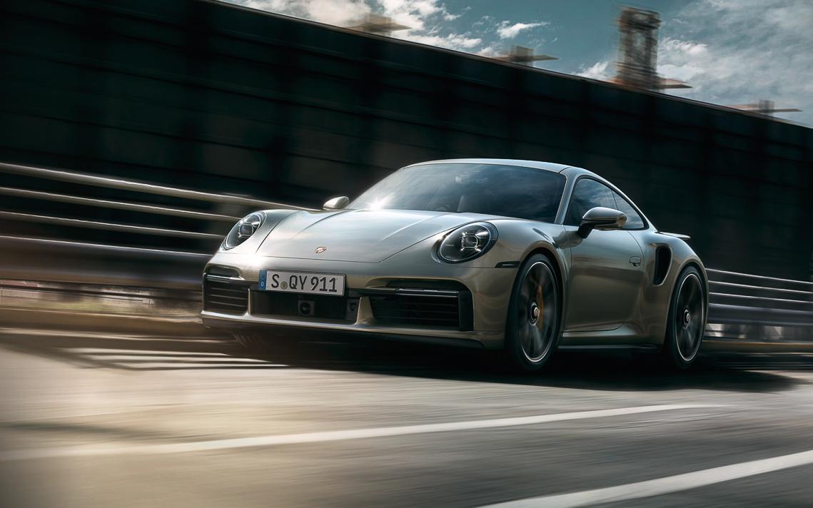 Porsche 911 Turbo S hoàn toàn mới, mạnh hơn với động cơ Turbo - 01