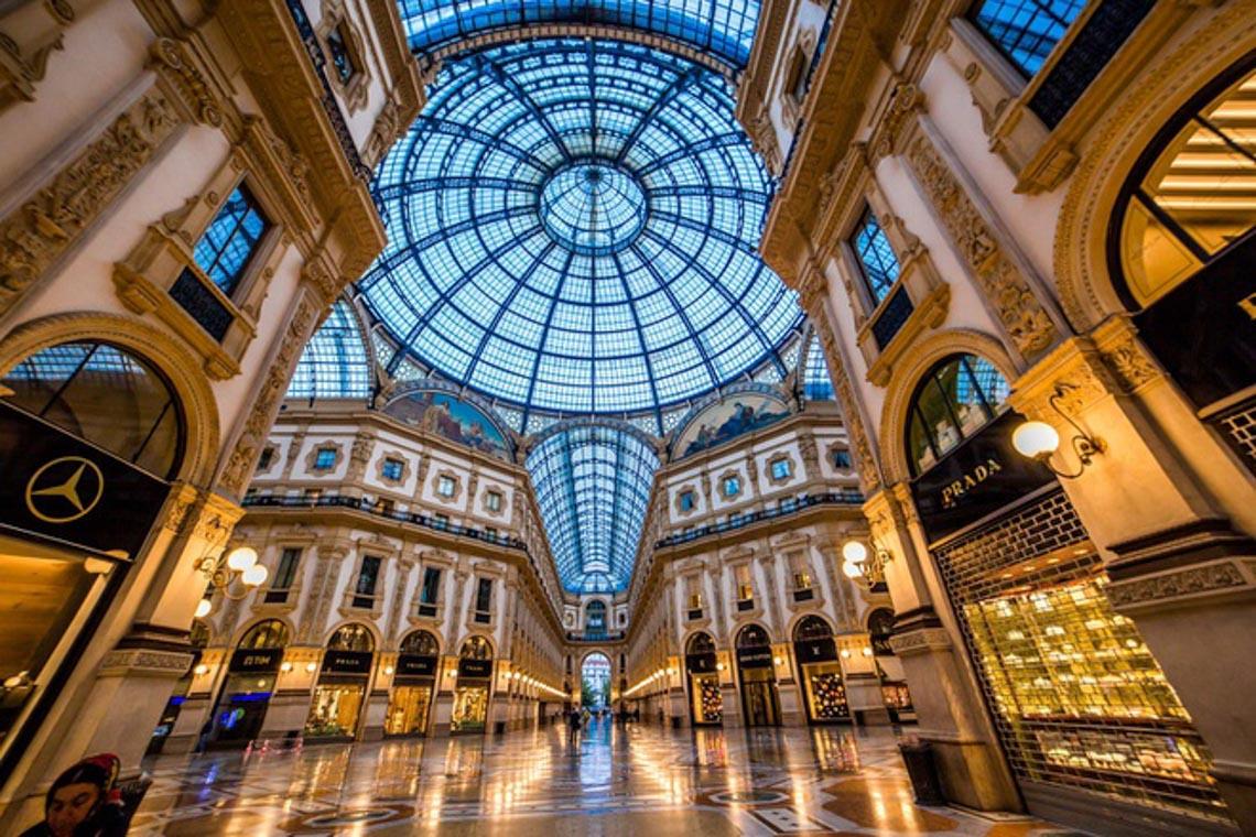 Khu giàu có bậc nhất Italy bị cách ly vì dịch Covid-19 -6