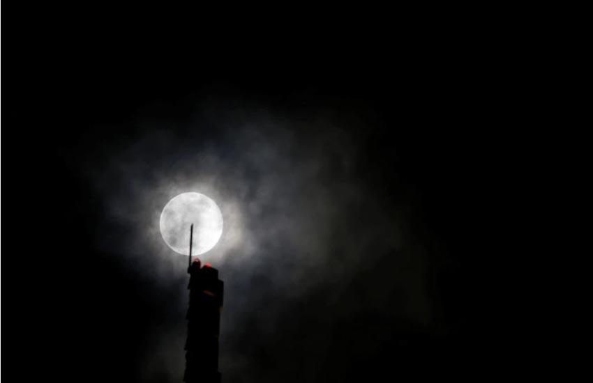 Ngắm Siêu Trăng Giun thắp sáng trời đêm -8