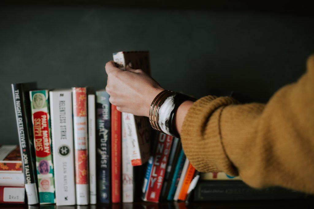Tại sao đọc sách lại quan trọng cho não bộ? - nguoidentubinhduong.com