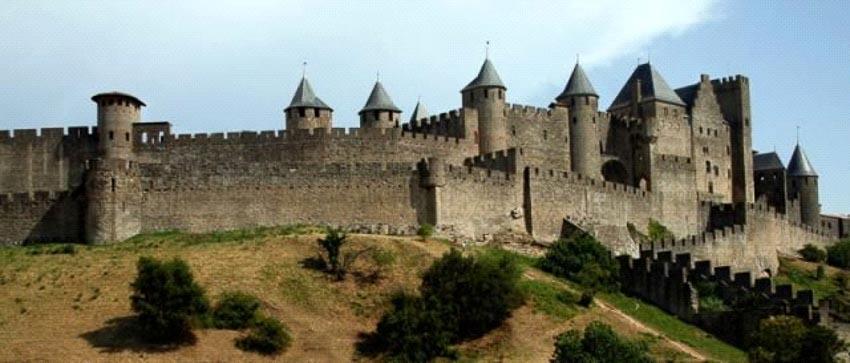 Thiết kế bí mật trong các lâu đài thời Trung cổ -7