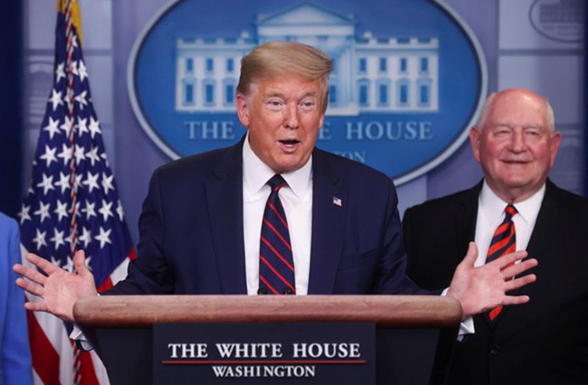 Dịch COVID-19 sáng 28-3: Ông Trump phê chuẩn gói cứu trợ 2.000 tỉ USD, Mỹ hơn 100.000 ca bệnh - Ảnh 1