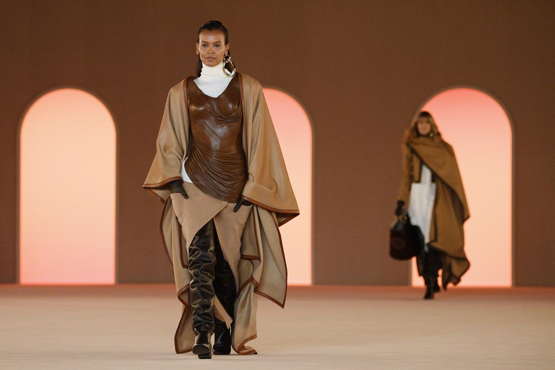 Tuần lễ thời trang Paris 2020 bị ảnh hưởng bởi virus corona -14