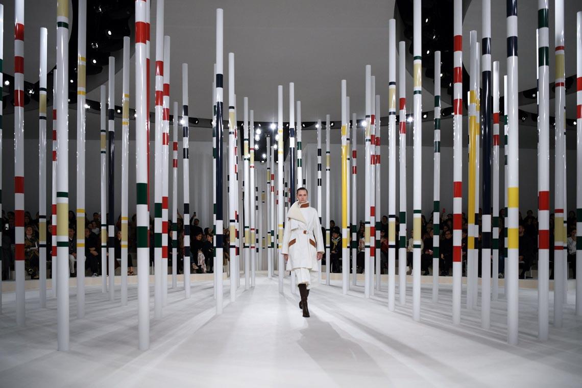 Tuần lễ thời trang Paris 2020 bị ảnh hưởng bởi virus corona -17