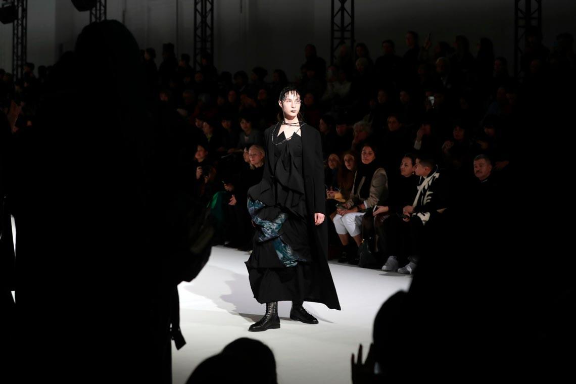 Tuần lễ thời trang Paris 2020 bị ảnh hưởng bởi virus corona -2