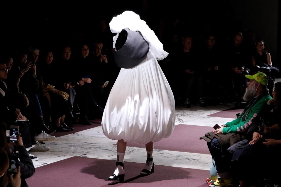 Tuần lễ thời trang Paris 2020 bị ảnh hưởng bởi virus corona -30