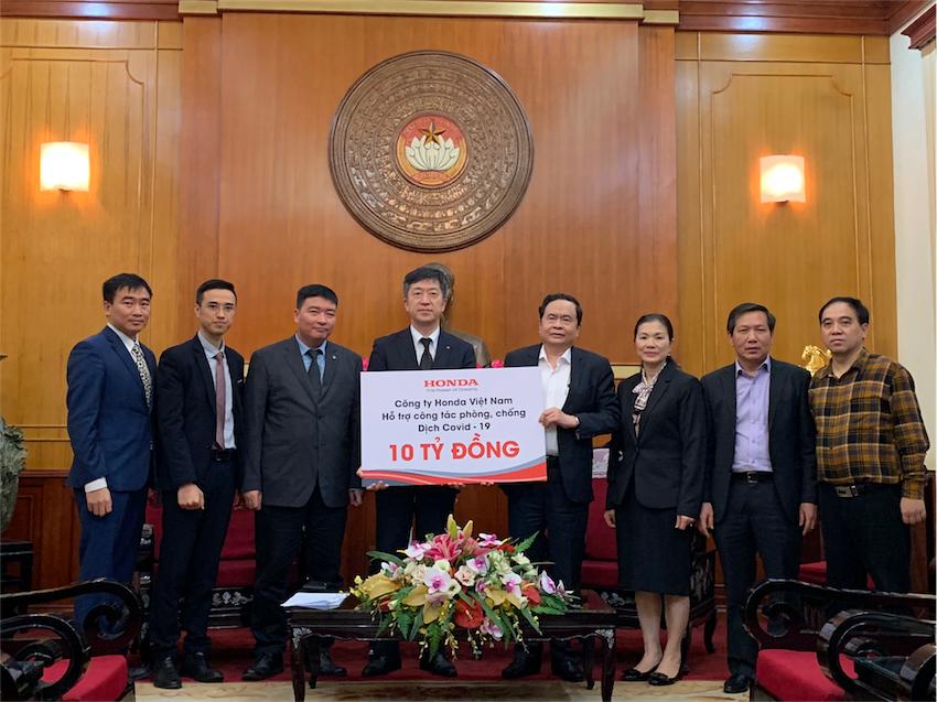 Honda Việt Nam cùng chung tay hỗ trợ đẩy lùi dịch bệnh COVID-19 tại Hà Nam - 2