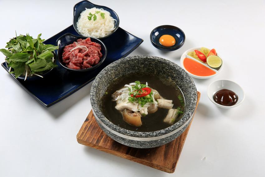 Khách sạn Rex Sài Gòn với các chương trình khuyến mãi ẩm thực tháng 5 - 2