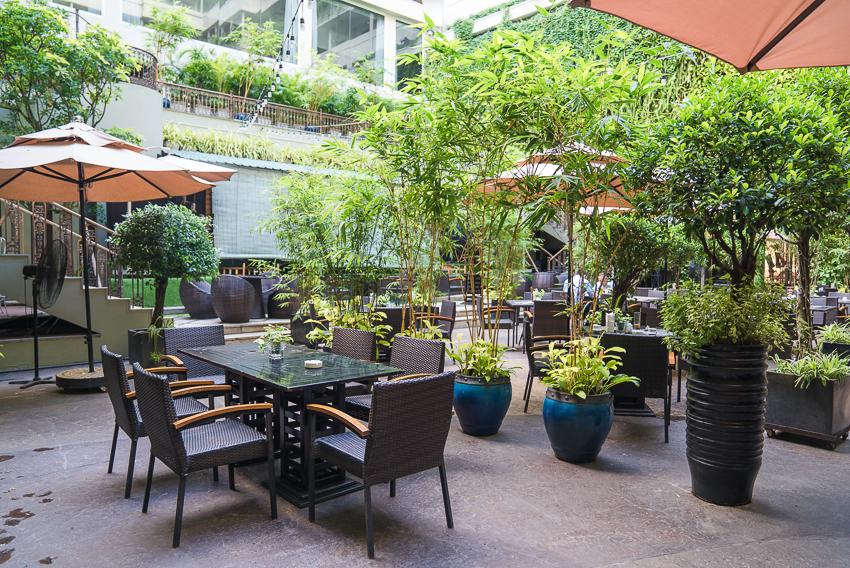 Khách sạn Rex Sài Gòn với các chương trình khuyến mãi ẩm thực tháng 5 - 4