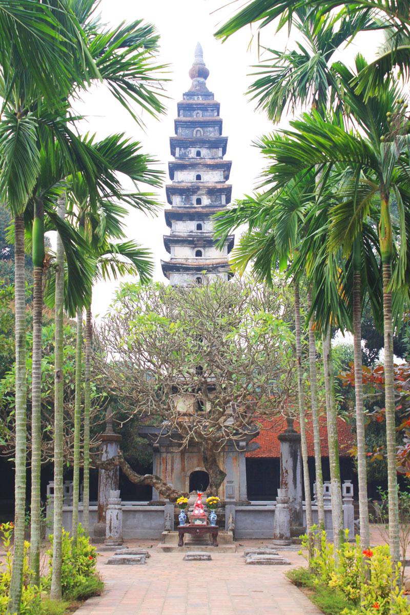 Chùa Phổ Minh - Ngôi chùa có tháp bằng gạch cao nhất ở Việt Nam - 1