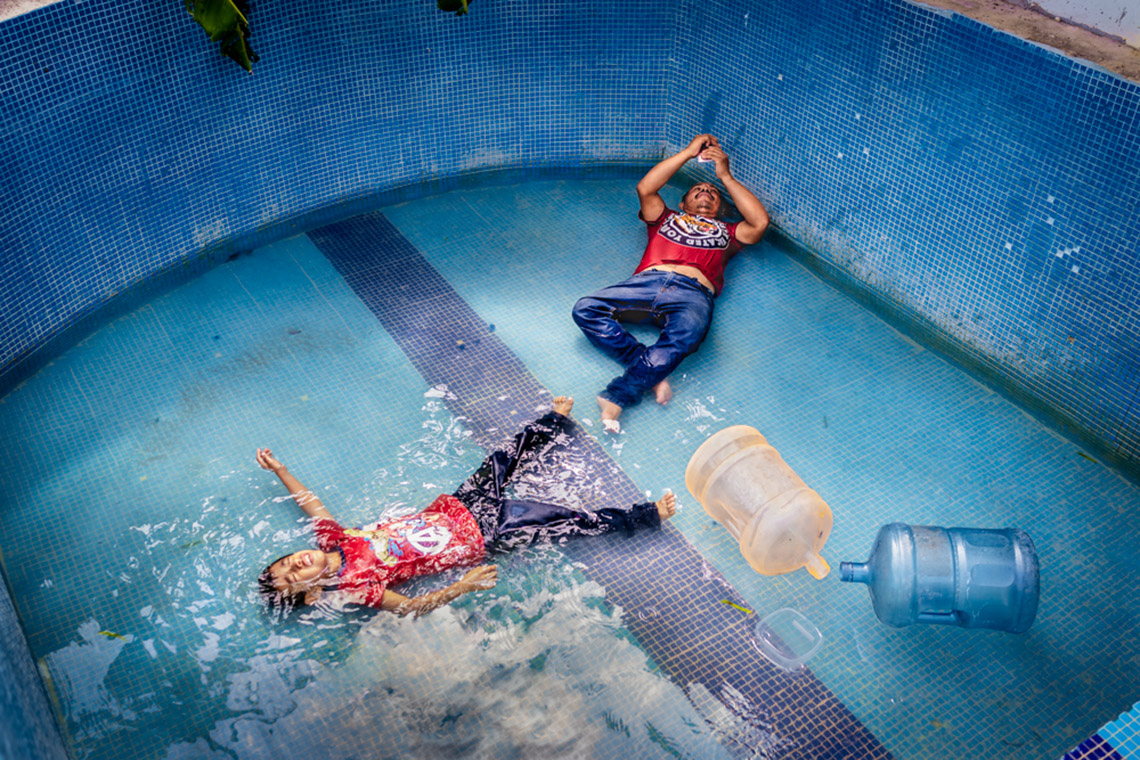 Những bức ảnh lọt vào chung kết Giải thưởng Nhiếp ảnh Mỹ thuật thường niên lần thứ 6 -9