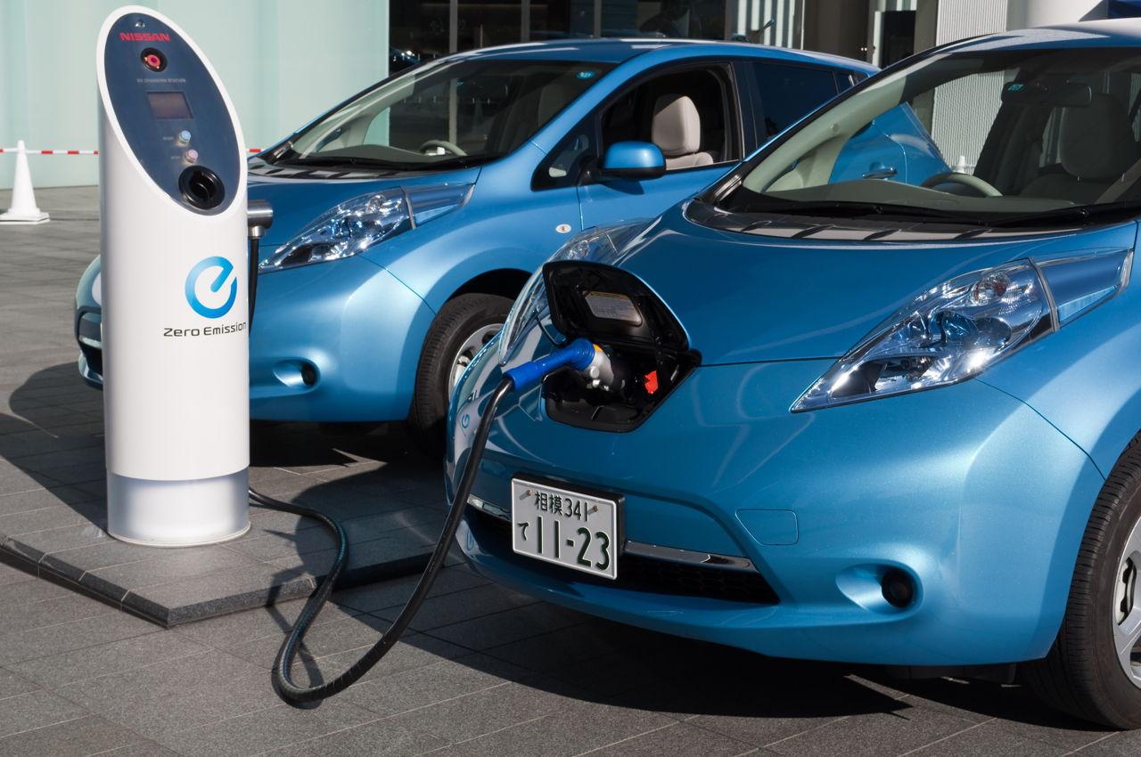 Tương lai cần rất nhiều điểm nạp năng lượng cho xe điện