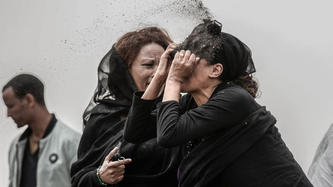 Phóng viên Nhật đoạt Ảnh của năm Giải ảnh báo chí thế giới với cuộc nổi dậy ở Sudan -10
