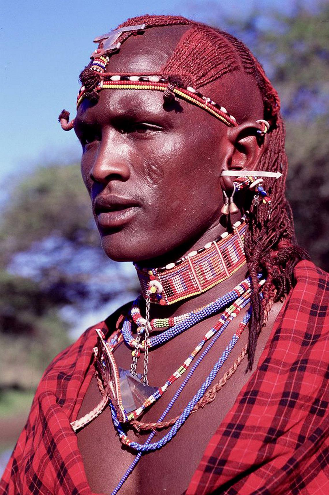 Rực rỡ vòng hạt Maasai -12